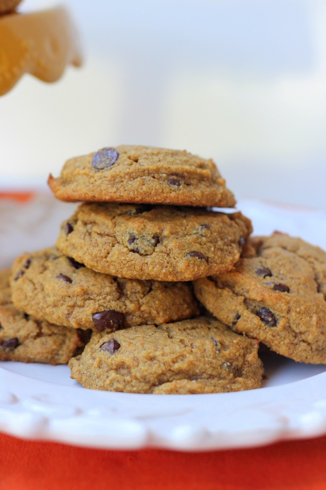 Side angle view of stack of cookies