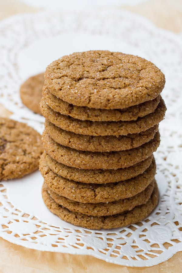 Gluten-Free Chewy Molasses Crinkle Cookies {Dairy & Refined-Sugar-Free ...