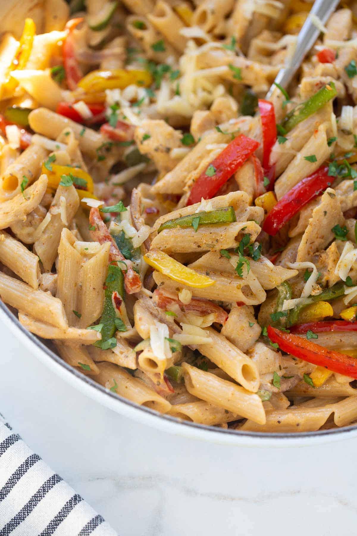 close up shot of gluten-free fajita pasta