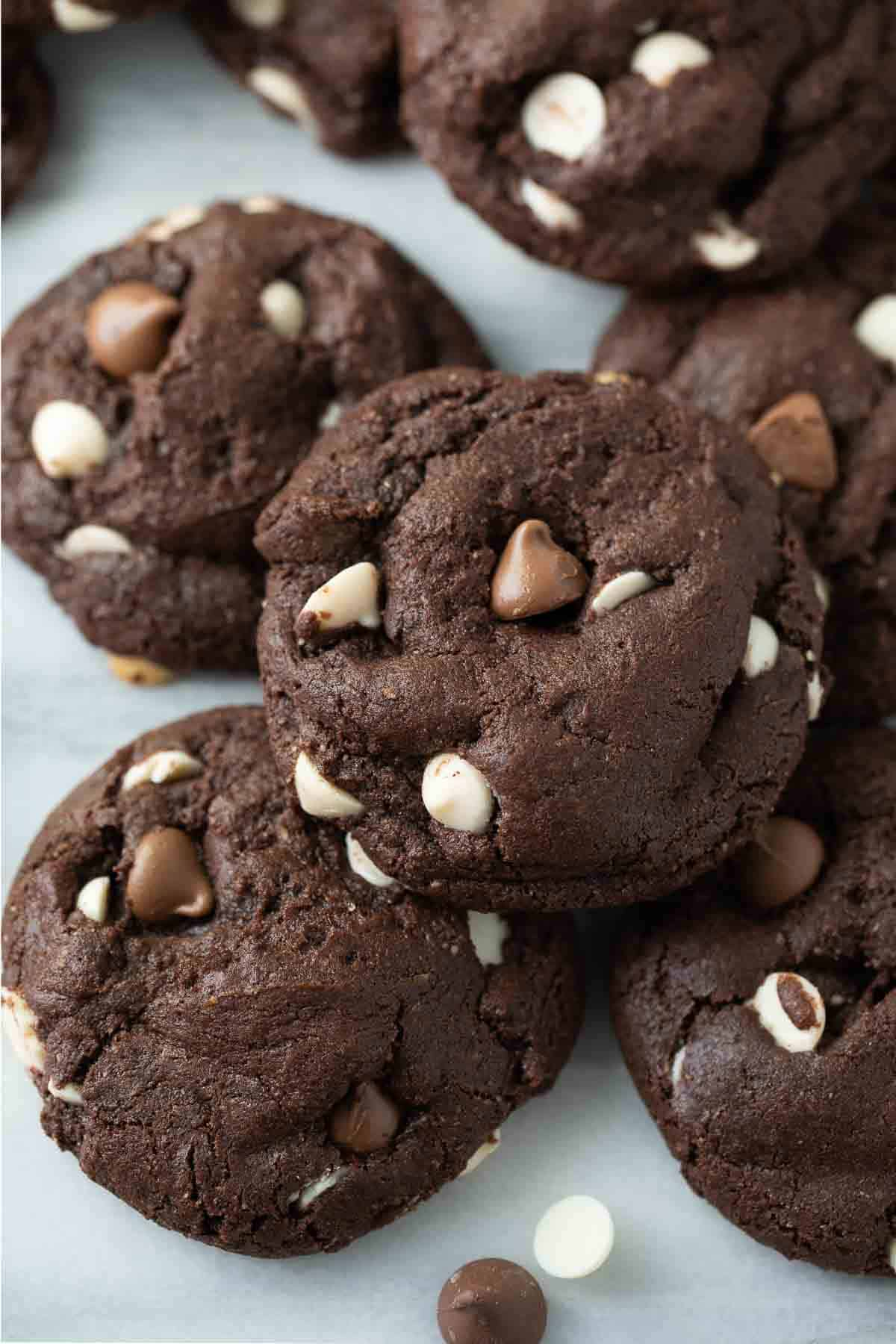 close up shot of gluten-free chocolate cookie on marble background